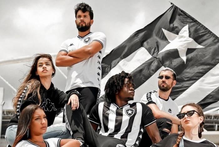 Botafogo lança uniforme novo com patrocínio da Kappa