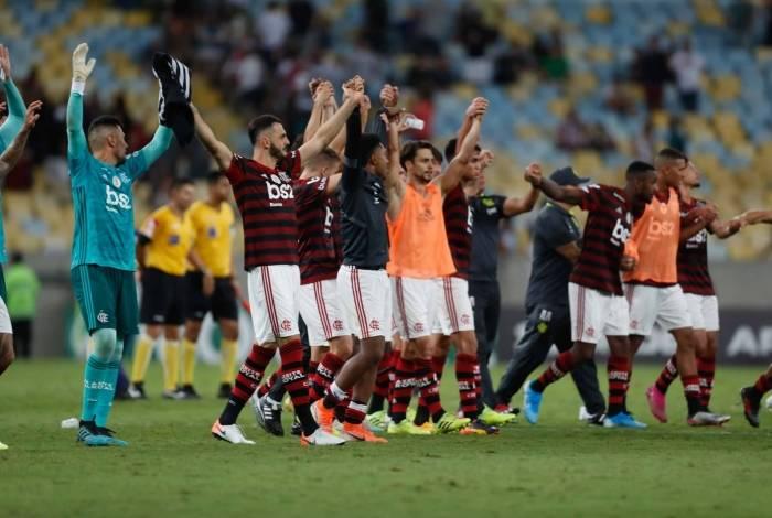 Flamengo abriu dez pontos de vantagem na liderança