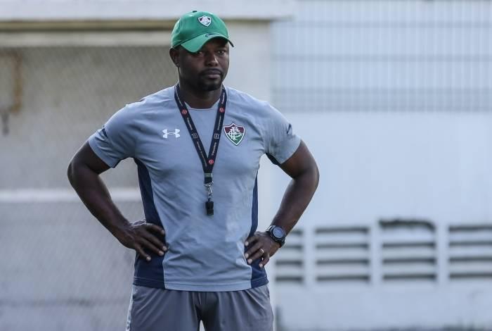 O técnico Marcão está seriamente ameaçado no Fluminense