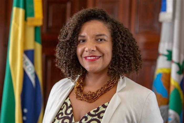 Renata Souza, presidenta da Comissão de Direitos Humanos da Alerj, cria projeto de auxílio à pessoas em situação de rua
