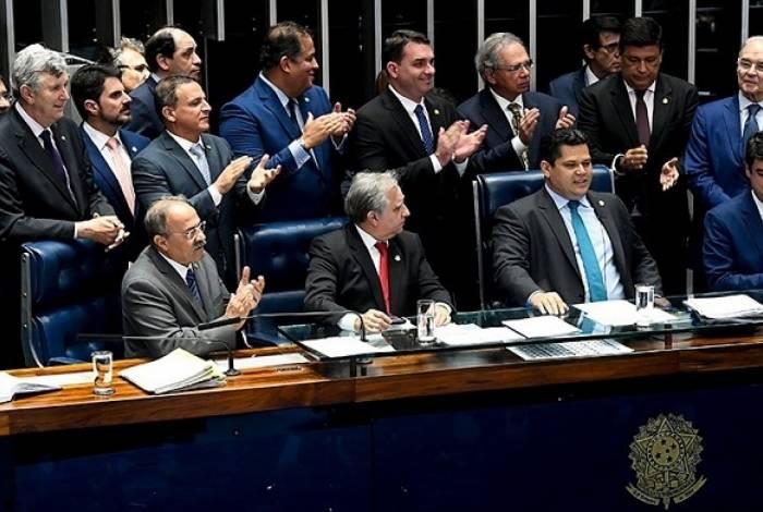 Reforma da Previdência de Bolsonaro foi aprovada em segundo turno no Senado