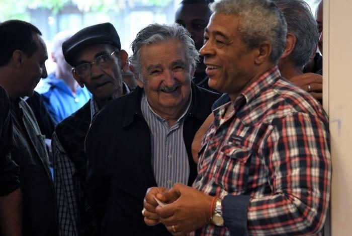 Mujica foi eleito senador do Uruguai