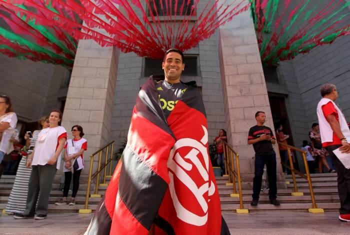 Thiago Vasconcellos foi de Flamengo para a igreja. Ele prometeu ficar um mês sem beber