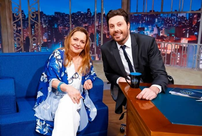 Maria Zilda Bethlem se emociona em entrevista no programa 'The Noite' de Danilo Gentili