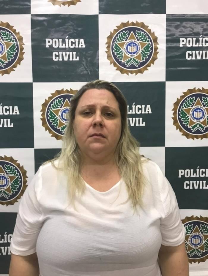 Karla se entregou na Cidade da Polícia