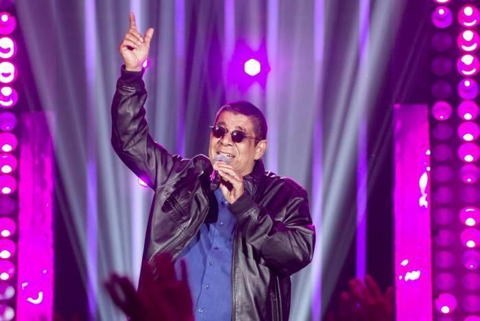 Zeca Pagodinho adiou a turnê e reagendou os show para o segundo semestre de 2020