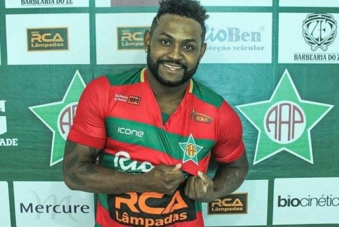 Sorria! Jobson foi anunciado pela Portuguesa da Ilha do Governador