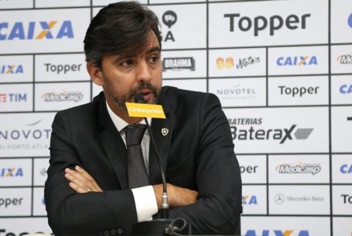 Gustavo Noronha não é mais dirigente do Botafogo
