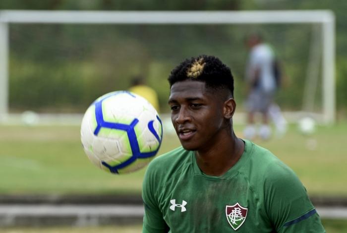 Yony González tem contrato com o Fluminense até dezembro