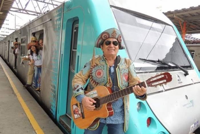 Marcus Lucenna é um dos artistas que vão tocar no Trem do Forró