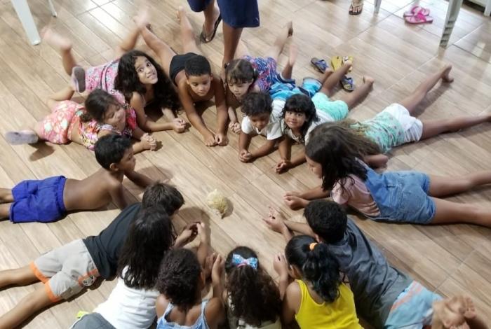 Crianças em festinhas escolares no Sítio Festa na Floresta