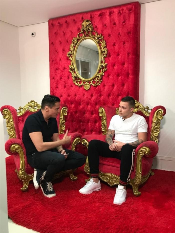 Leo Dias entrevista MC Gui