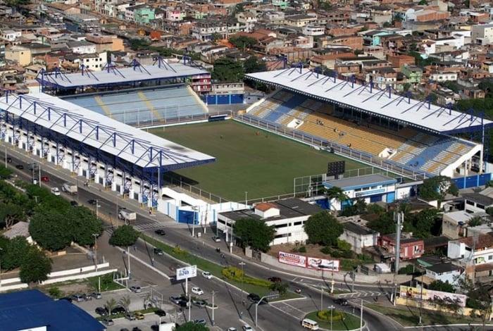 Estádio Moacyrzão passa por melhorias para receber jogos do Campeonato Carioca