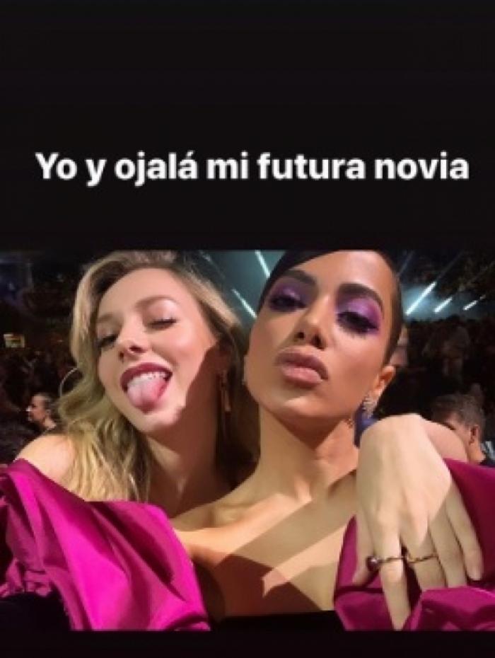 Ester Expósito e Anitta