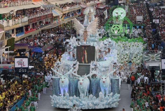 Desfiles: ensaios para apresentações devem ser em janeiro e fevereiro