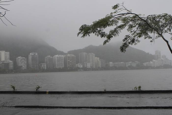 Chuva chega a cidade nesta quinta-feira