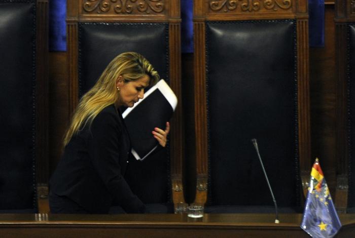 Senadora Jeanine Añez se proclamou presidente da Bolívia em cerimônia vazia