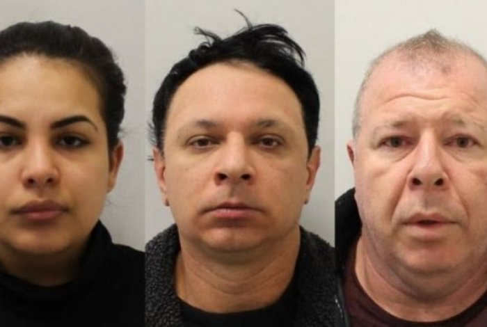 O casal de paulistas Flávia Xavier-Sacchi, de 23 anos, e Renato Dimitrov Sacchi, de 43 anos e o irmão dele, Raul Sacchi, de 49 foram presos em Londres