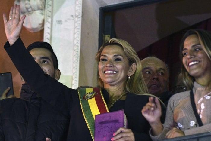 Jeanine Áñez, autoproclamada presidente interina da Bolívia