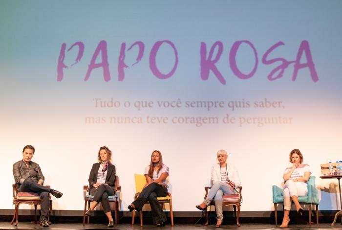 Time renomado de especialistas oncológicos se reúne em Nova Iguaçu para tirar dúvidas sobre a doença