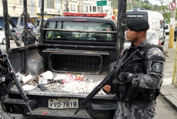Policiais do Batalhão de Choque (foto) realizaram operação no Complexo da Maré