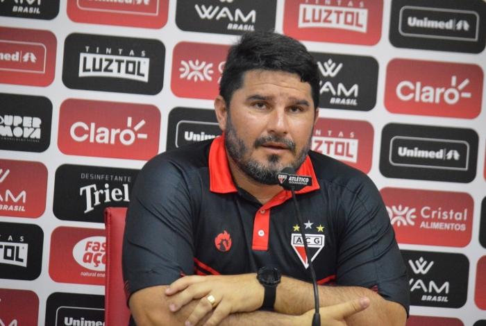 Ex-Botafogo e Atlético-GO, Eduardo Barroca pode pintar no Flu