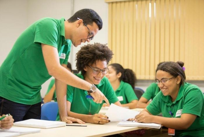 No Programa Formare, os jovens passam pela experiência dentro das empresas parceiras
