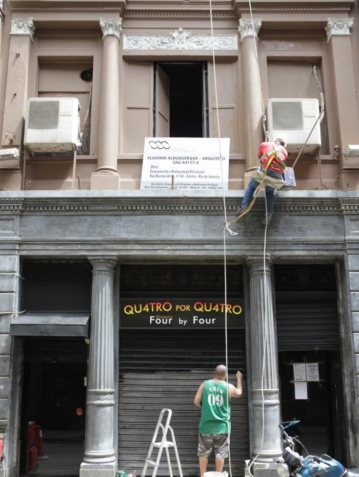 Rio, 17/11/2019  - Restauracao e reabertura da termas 4x4 . Centro do Rio,  Foto: Ricardo Cassiano/Agencia O Dia
