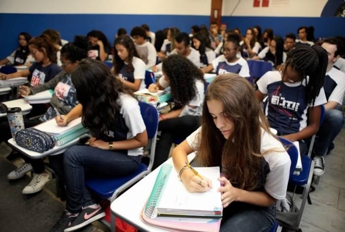 Elite Rede de Ensino oferece redução de até 90% na mensalidade