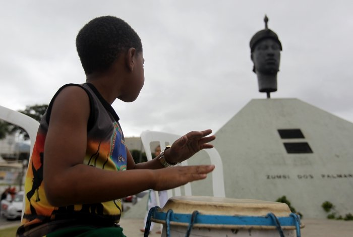 Dia da Consciência Negra tem homenagens no monumento de Zumbi dos Palmares