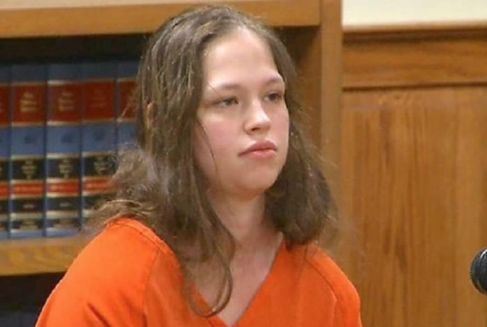 Mãe aceitou assumir a culpa dos assassinatos para escapar de prisão perpétua