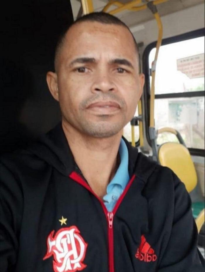 Valdecir Rosa de Farias, de 41 anos, morreu no sábado (23) ao comemorar o segundo gol do Flamengo contra o River Plate, em Cuiabá