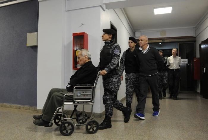 Padres são presos na Argentina