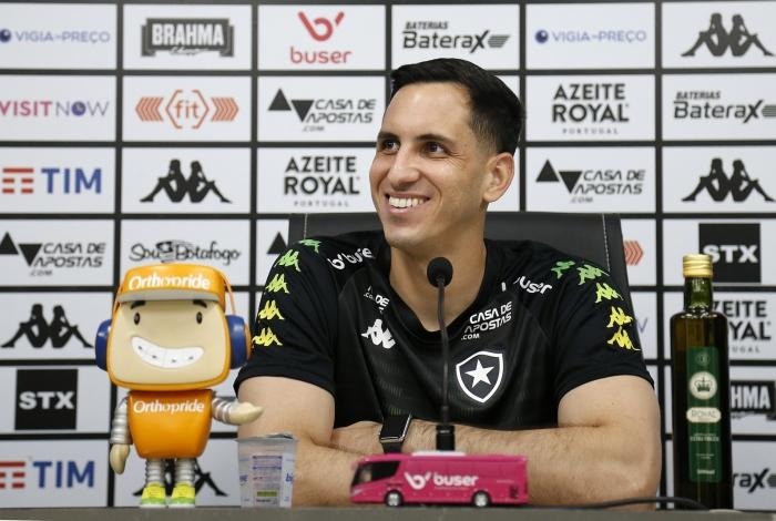 Gatito pede muita concentração do time alvinegro na partida contra a Chape, amanhã, na Arena Condá