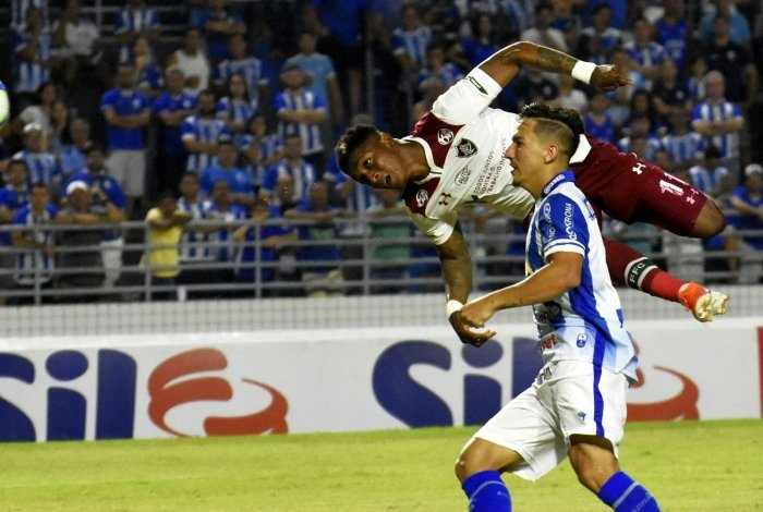 Yony marcou de cabeça o gol do Fluminense contra o CSA