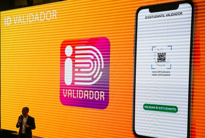 Diretor de Tecnologia e Informação do MEC, Daniel  Rogério, durante o lançamento do aplicativo da ID Estudantil