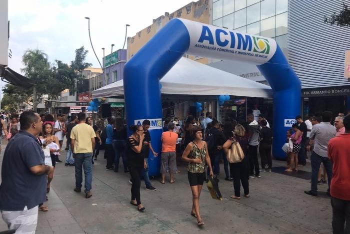 Calçadão da Avenida Rui Barbosa, no Centro, concentra grande variedades de lojistas