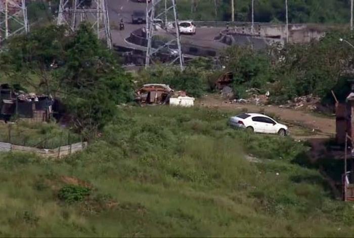 Ontem, operação em São João de Meriti contra roubo de cargas e de carros terminou com quatro mortos