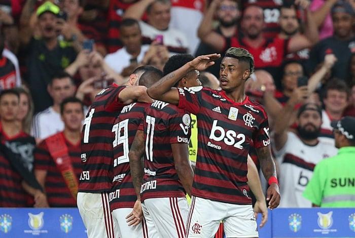 Bruno Henrique comandou a virada do Flamengo e encostou em Gabigol na briga pela artilharia