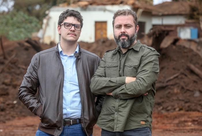 Os jornalistas mineiros Lucas Ragazzi (esquerda) e Murilo Rocha lançam livro no Rio amanhã