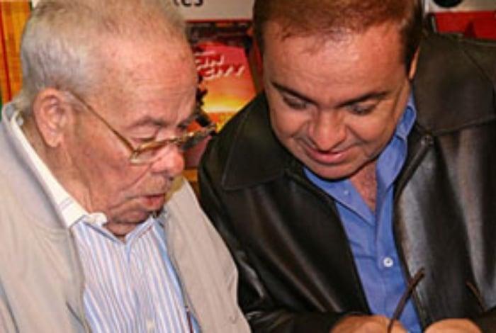 Augusto Claudino Liberato, foi enterrado no mesmo dia em 2009