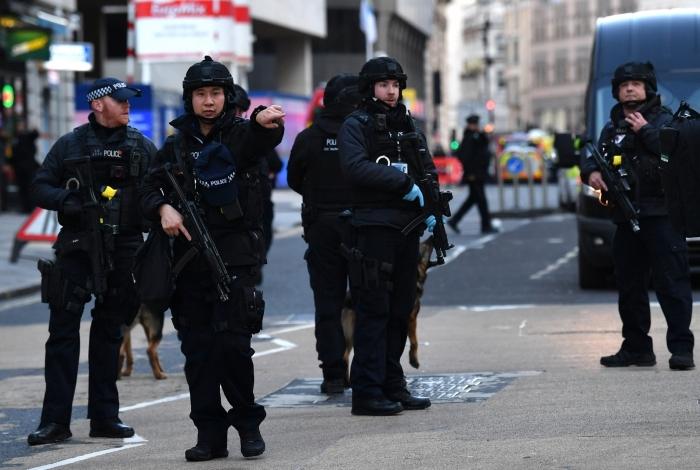 Ataque em a faca Londres