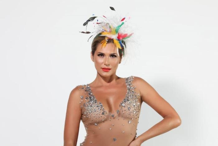 Lívia Andrade é nova rainha de bateria da Paraíso do Tuiuti