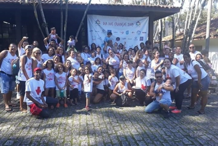Daniela Cavalheiro (detalhe) criou o  Amadinhos Down, que orienta pais que têm filhos com a síndrome