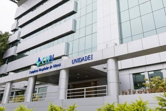 Hospital fica localizado no centro de Niterói