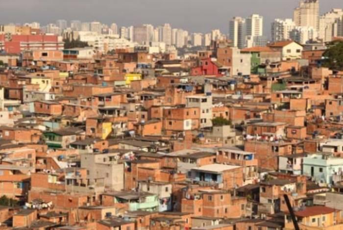 Nove pessoas morreram pisoteadas e 12 ficaram feridas durante tumulto após ação da Polícia Militar em baile funk na comunidade de Paraisópolis, Zona Sul de São Paulo