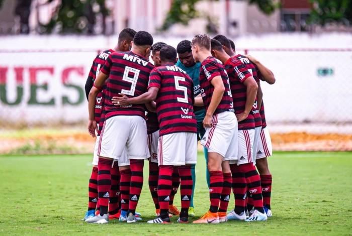 Elencos Sub-18 e Sub-20 do Flamengo retornarão ao CT nesta semana com grupos separados