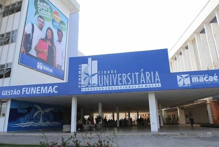 A Cidade Universitária está localizada à rua Aloísio da Silva Gomes, 50, bairro Granja dos Cavaleiros