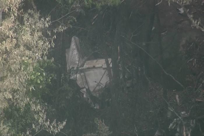 Destroço de aeronave na Serra da Cantareira, Zona Norte de São Paulo