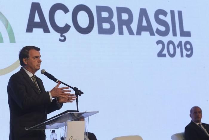 O presidente Jair Bolsonaro, participa da abertura do Congresso Aço Brasil 2019